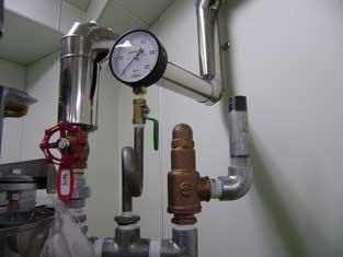 化粧品工場向け調合タンク設置工事事例 005-photo