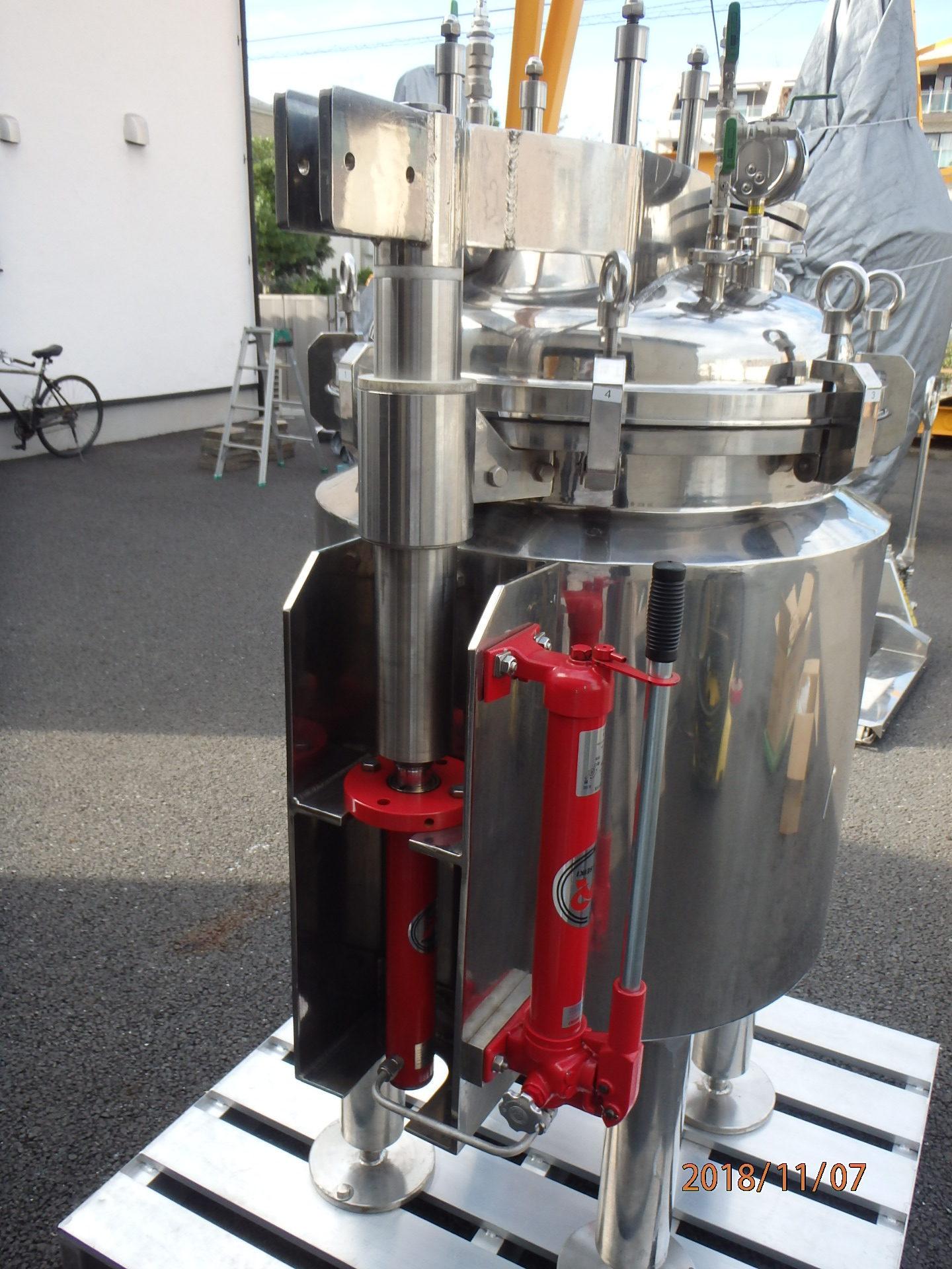 150L密閉式ジャケットタンク 003-photo